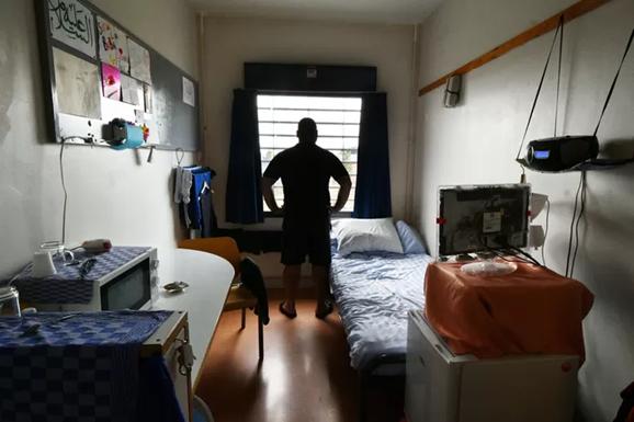 Bestuur ILOZ – platform van wereldreligies en -levensbeschouwingen – biedt burgemeester medewerking aan bij de opvang van vluchtelingen in de voormalige gevangenis.